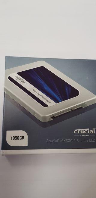 Disco Duro SSD Crucial.