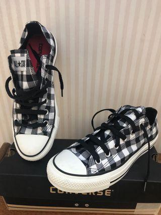Zapatillas Converse de tela , talla 39