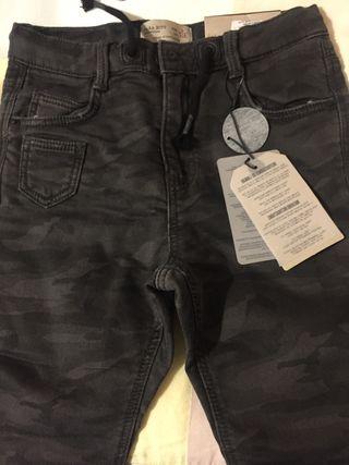 Pantalones Zara de segunda mano en Mataró en WALLAPOP d3aae1a29d9