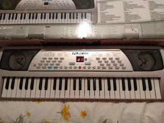 teclado con 54 teclas