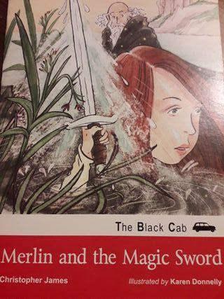 Libro en inglés. Merlín anf the Magic Sword