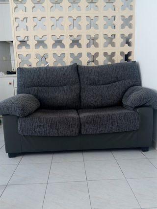 Sofa practicamente nuevo, gris
