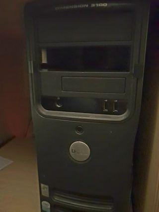 Ordenador sobremesa Dell.