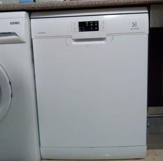 Lavavajillas electrolux esf5532low como nuevo