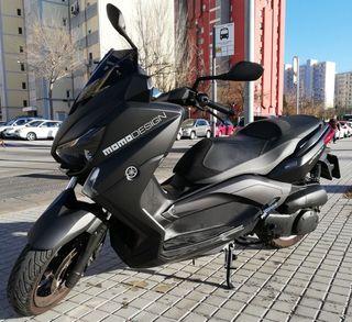 Yamaha Xmax Momo Design 250