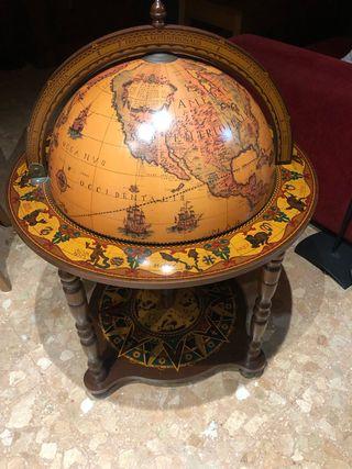 Minibar bola del mundo
