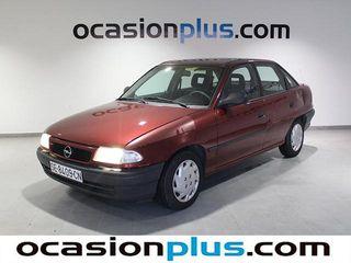 Opel Astra 1.6 Sedan GL 74 kW (100 CV)