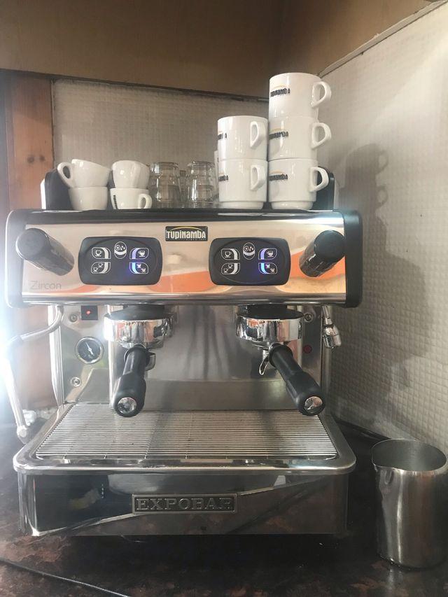 CAFETERA DE BAR ( EXPOBAR ) DE CAPSULAS