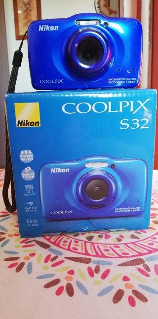 Cámara acuatica Nikon Coolpix S32