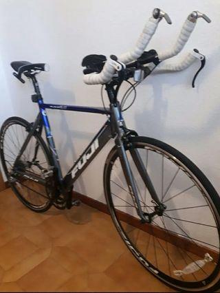Bicicleta de Triatlon Fuji Aloha