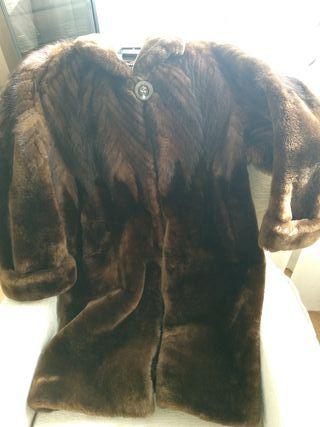 abrigo mujer de muton y manos de visón
