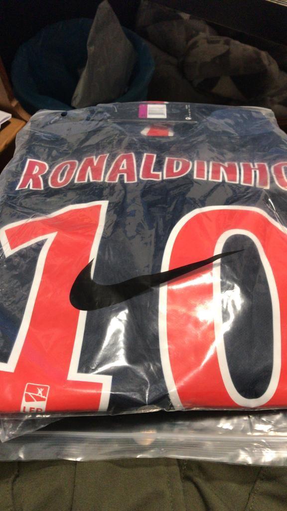 Camiseta PSG / Ronaldinho  I719064915