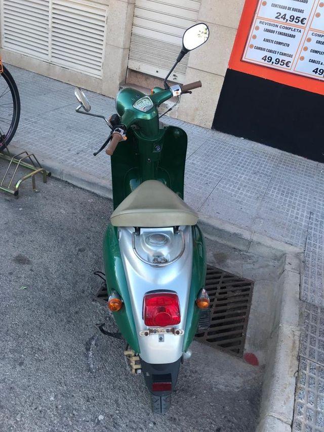 scooter electrica vespa