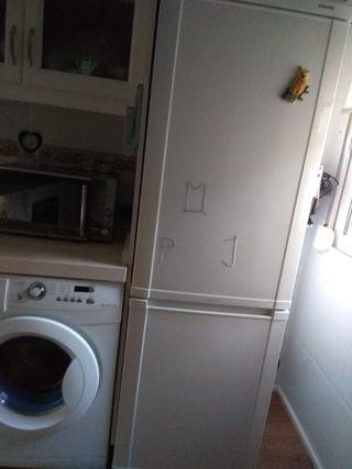frigorífico de 1.80 de marca Samsung