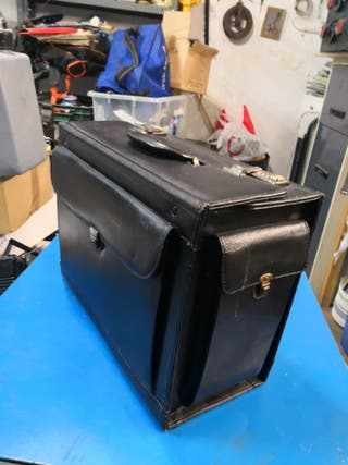 vendo maleta de herramienta de cuero