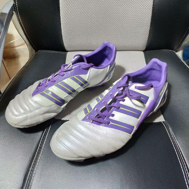 differently 0b7bf 4f124 Botas de futbol adidas predator cesped artificial ...