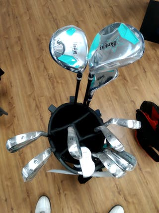 Set de palos de golf unisex junior con bolsa.