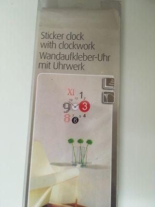 Reloj adhesivo de pared sin abrir