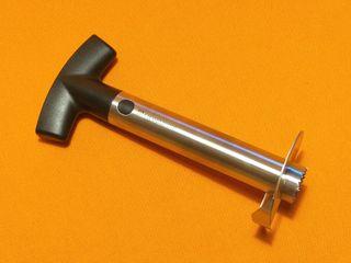 Pelador, cortador y descorazonador manual de piñas