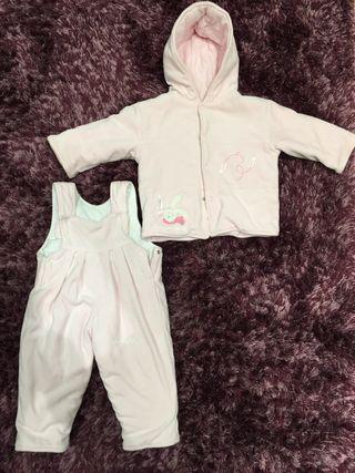 Buzo bebe niña de segunda mano en Bilbao en WALLAPOP 1c9b4fa610e