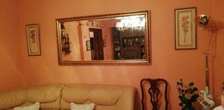 Espejo biselado dorado de salon