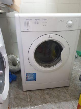 Nevera + secadora
