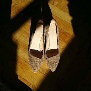 zapatos color bison marca zign talla 37