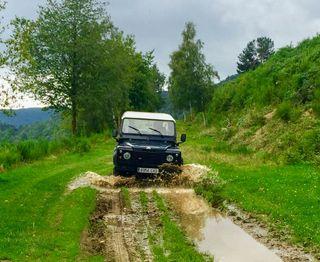 Land Rover Defender 2000,