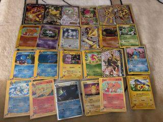 28 Cartas Pokemon Variadas