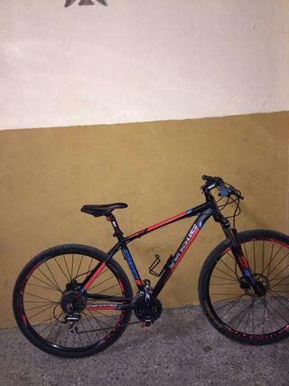 Vendo Bicicleta de frenos hidráulicos