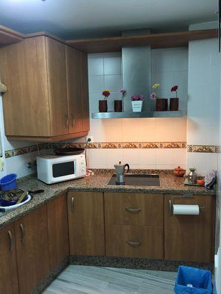 Cocina. Muebles cocina. de segunda mano por 450 € en Sevilla en WALLAPOP