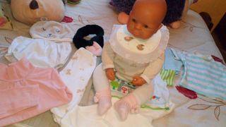 Preciosa muñeca de colección