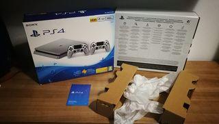 Caja PS4 con cartones interiores