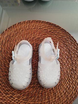 zapato piscina/playa 20