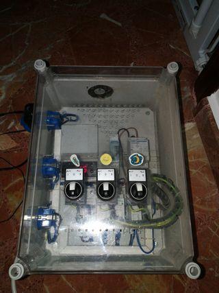 Cuadro control acuario, temperatura e iluminación.