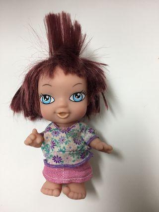 Muñeca tipo Barriguitas .