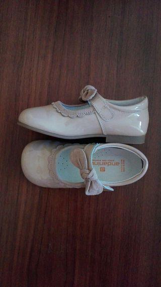 Zapatos CHAROL niña n°24.