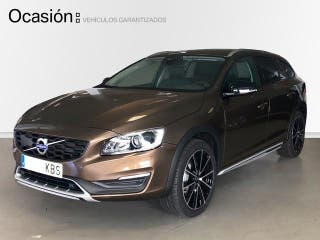 Volvo V60 Cross Country 2.4 D4 Cross Country Auto AWD 140 kW (190 CV)