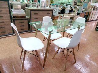 Mesa de cristal con 4 sillas 120x70CM