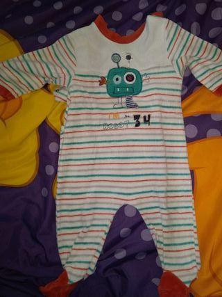 9698715e7 Pijama bebé de segunda mano en Cerdanyola del Vallès en WALLAPOP