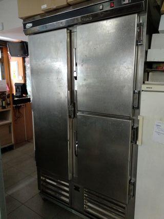 Nevera 3 puertas