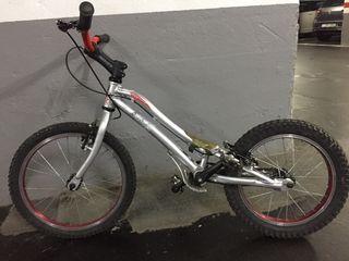 Bici Monty Trial modelo Kamel 205