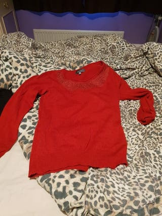 red jumper per una size 8 brand new not used.