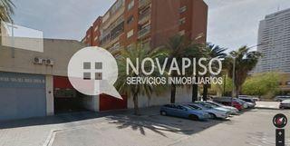 Garaje en venta en calle LEBON, València