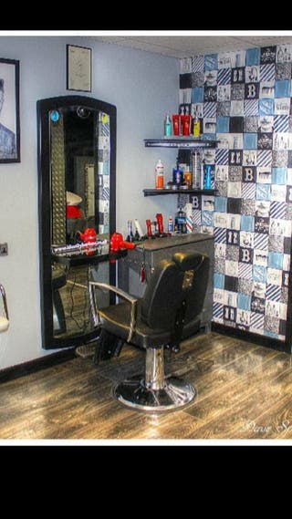 Barbershop and hairdressing items for sale