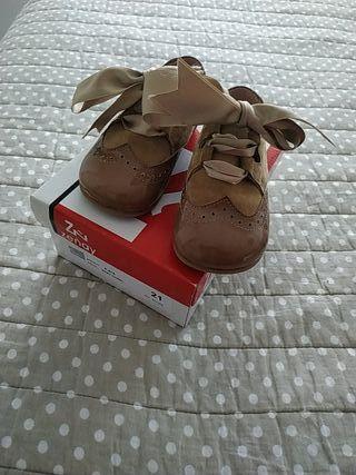 zapato niño camel