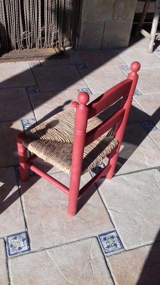 Dos sillas mimbre