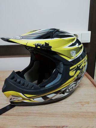casco moto enduro
