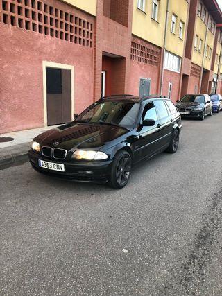 BMW 330xd escuchó ofertas o cambios