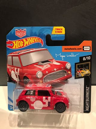 Hotwheels Morris mini Urban outlan rojo